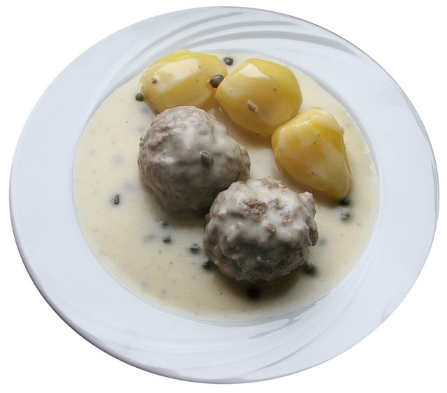 """Omas Königsberger Klopse"""